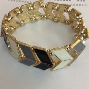 Gold white & black arrow bracelet NWT